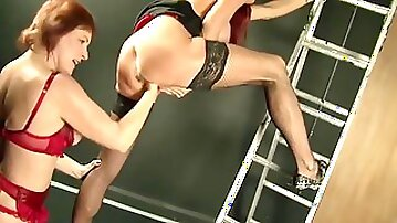 Wonderful Wendy Fists And Tastes Her Friend