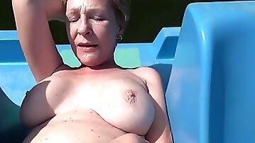 Mature Czech busty enjoying swapping fuck POV