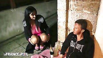 La France A Poil - Sexy Brunette Whore Fucks Homeless M