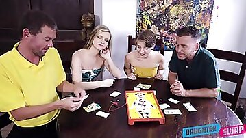 Top babes share their fantasy in marvelous XXX home foursome