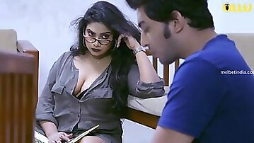 Indian hot tempting MILF and skinny dude