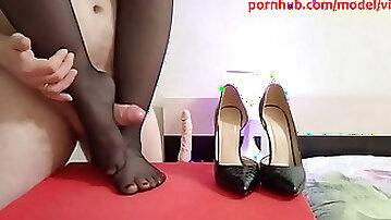 Footjob & shoejob high heels in ebony tights cum-shot on feet