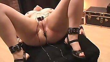 Amber Electro anal BDSM SMG