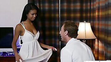 Romantic ebony girlfriend Nia Nacci thirsts to be fucked after the date
