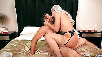 First time this curvy goddess pushes the limits in such scenes