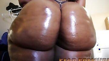 Some Phat Bum Ugly Ebony Whore Twerking - ssbbw