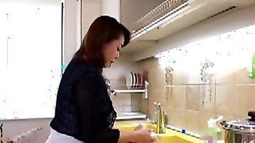 Japanese Mom #20