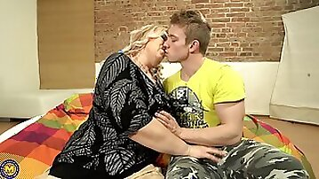Blonde mature BBW Bartina pussy licked and fucked doggy style