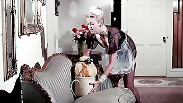Lovely cougar takes a hard cock up that hairy cunt in vintage movie