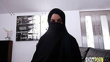 Victoria june in arabic hottie her sexual desires