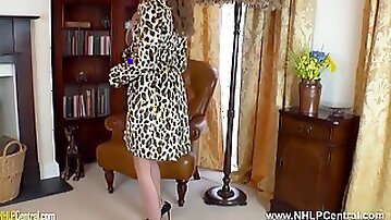 Posh brunette Brook Logan has juicy wank in gloves nylons and heels after flashing gash