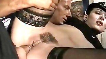 Deborah Wells, Elodie John Holmes, Cindy Wilson in classic fuck video