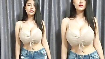 Faii live, huge tits