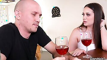 Curvy woman gets cock at the restroom after a couple of drinks