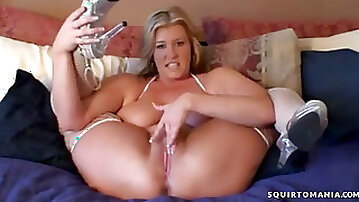 Hot and beautiful blonde mom does incredible dirty talk while also giving amazing jerk off instructions until she became