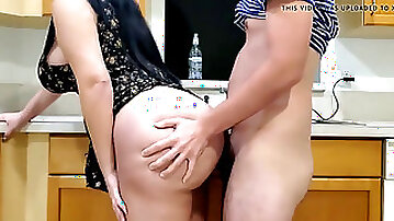 Steaming mommy pounding in kitchen