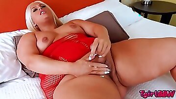 Naomis Pure Pleasure!