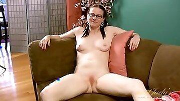 Cute naked milf models her marvelous wet pussy