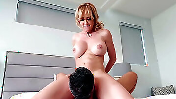 Mommy sure loves having the dick of her son in her pussy