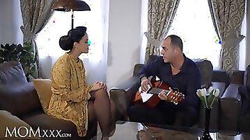 Guitar tutor gives housewife Jennifer Mendez hot fuck and big facial