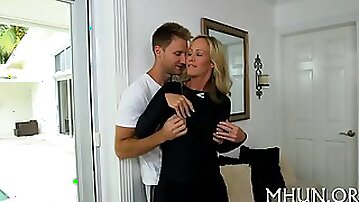 Mature slut loves getting fucked by the stallions pecker