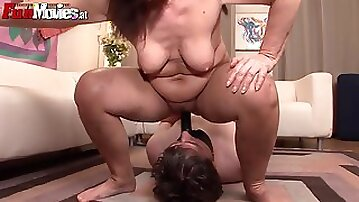 Kinky mature threesome with orgasms