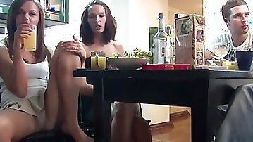Brazen cameraguy films pleasant chicks from Russia pissing