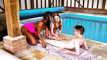 Ebony female cant turn a blind eye on inept lover and helps them