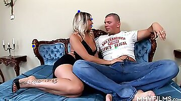 Horny stud fucks stretched anal hole of big tittied blonde Adrianna